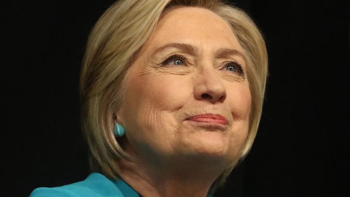 Окружение Клинтон раскрыло заговор СМИ, скрывавших правду перед выборами