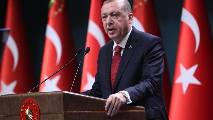 Враг находится под боком: Эрдогана раздражает лицемерие США