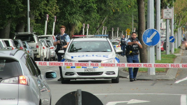 Стрелок в Новой Зеландии убивал людей ради славы: Эксперт призвал к информационной блокаде театрализованных терактов