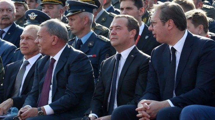 У нас всё плохо, а у них всё хорошо: Делягин о том, почему на планете Медведева с экономикой всё в порядке
