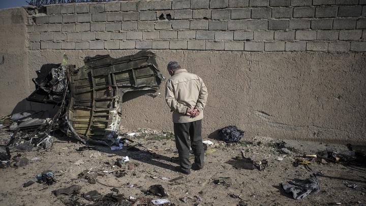 Всё-таки теракт или поражение ракетой? Украинские власти назвали свои версии крушения Боинга
