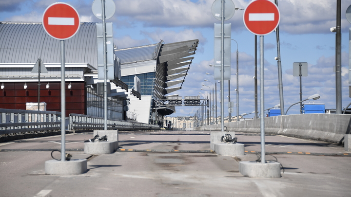 Весь октябрь движение по Макаровскому мосту в Екатеринбурге будет организовано по графику