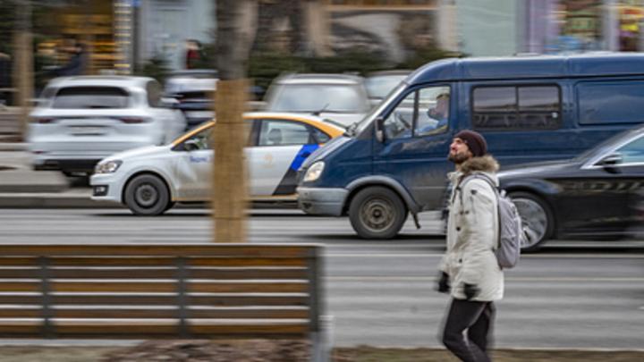 Два пешехода пострадали под колесами автомобилей в Чите