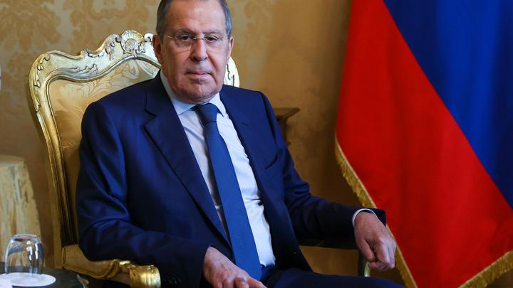 Полуистеричные тона: Лавров объяснил Западу правила общения с Москвой