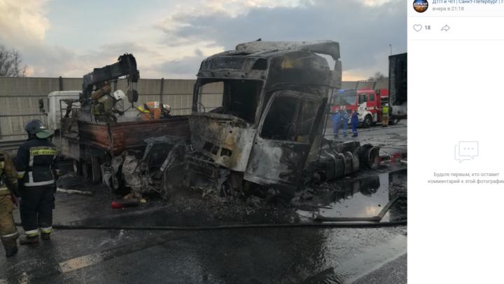 В Петербурге число жертв ДТП с горящими грузовиками выросло до трех