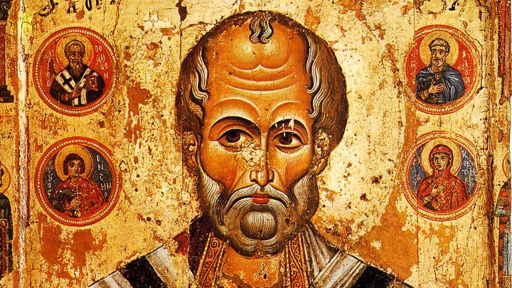 Путин поклонился мощам Святителя Николая в Храме Христа Спасителя