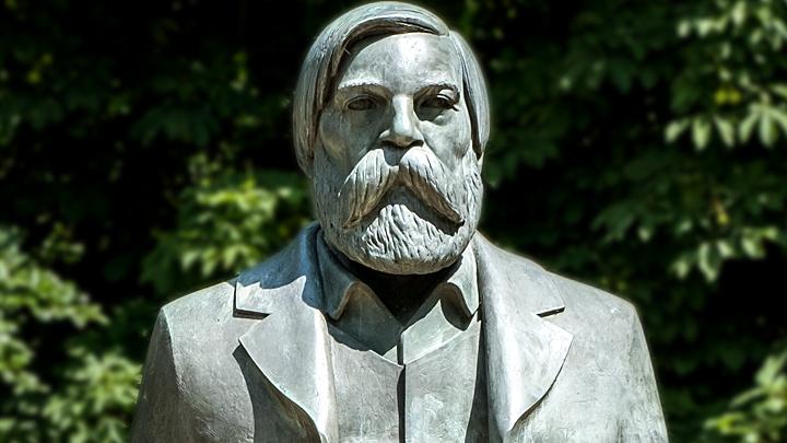 Фридрих Энгельс: Марксистский генерал от русофобии