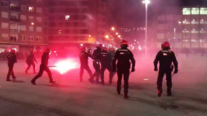 События в Бильбао: придумали врага, организовали беспорядки, убили полицейского