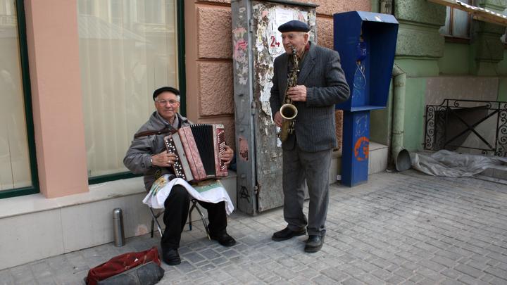 Уличным музыкантам тут не место: в Санкт-Петербурге продвигают новый ограничительный закон