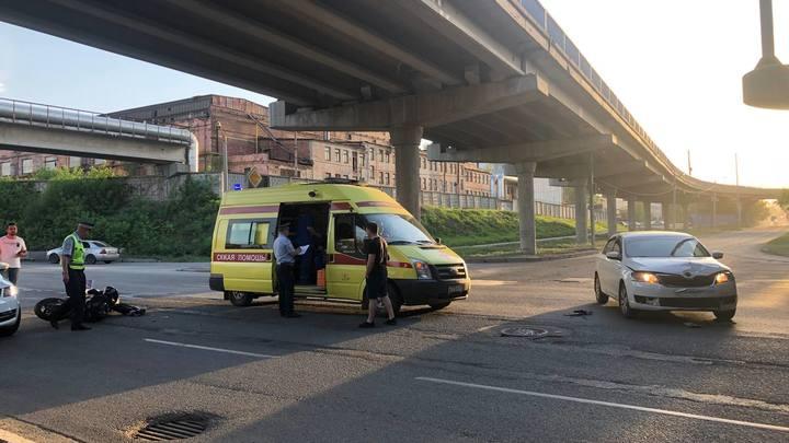 В Челябинске сезон мотоциклов начался с аварии