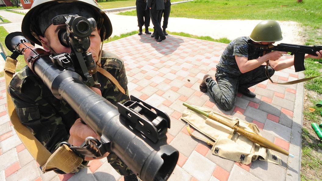 Киев потребовал освободить задержанного в Италии украинского военного