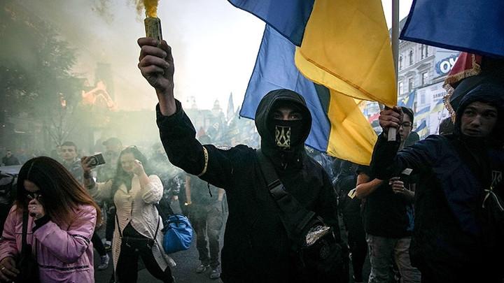Украинские националист скандал с гомосексуализмом