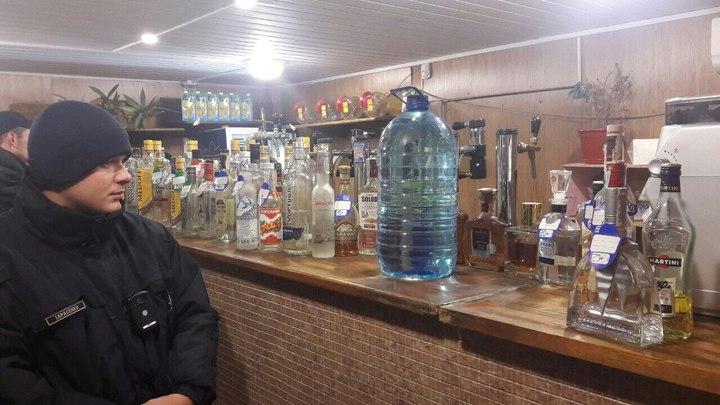 Закуска градус крадет: в Забайкалье взялись за наливайки, мимикрировавшие под заведения общепита