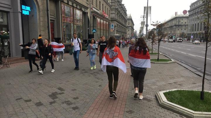 Заговор молчания против автомата Лукашенко: Заказчика революции в Минске сдали заводы