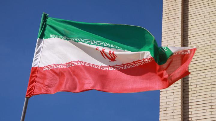 Иран пообещал ответить симметрично на новые санкции США