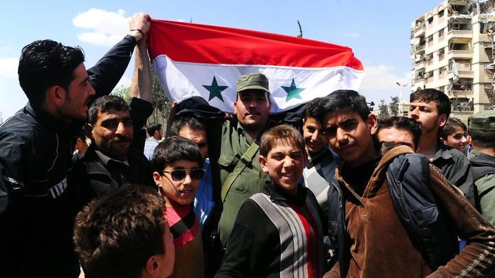Сирийцы об атаке Запада: США хотели ослабить нас, но сделали только сильнее - видео