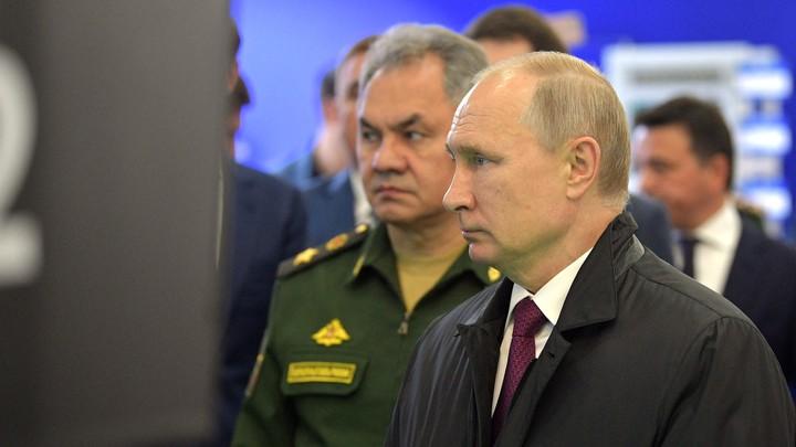 Это большая потеря: Путин поручил Шойгу выявить причины гибели 14 моряков