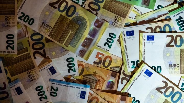 Кашпировский в малиновом пиджаке заработал миллионы на доверчивых итальянцах