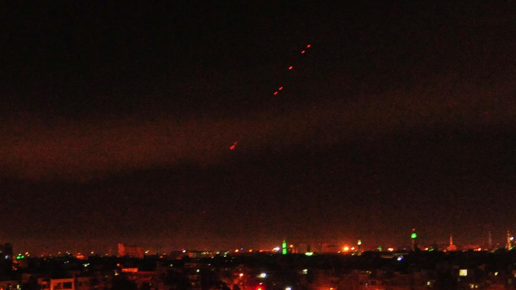 CNN продемонстрировал спутниковые фотографии: ракеты достигли целей вСирии