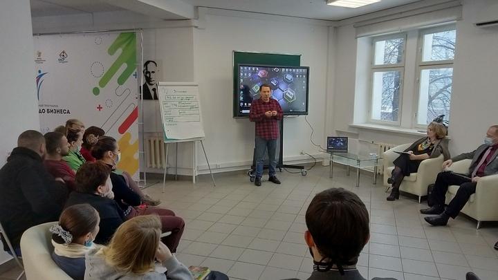 Владимирские общественники мешают чиновникам смотреть телевизор?
