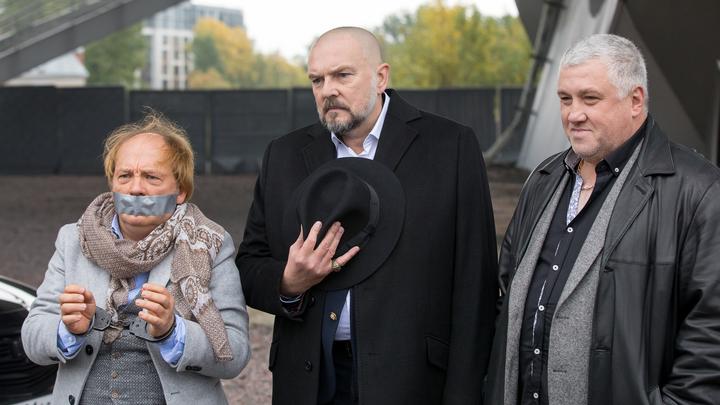 Первые кадры со съемок нового сериала с золотым составом «Улиц разбитых фонарей» в Санкт-Петербурге