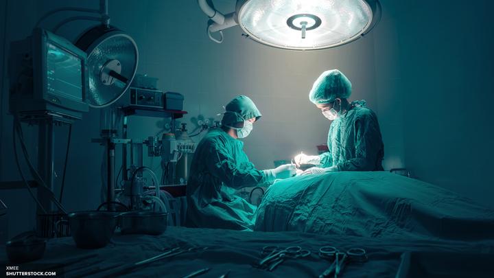 В Китае мужчине пересадили ухо, выращенное на его руке