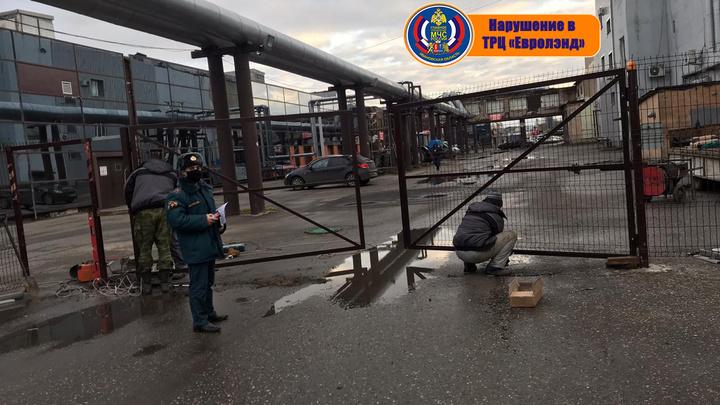 Торговый центр «Евролэнд» в Иванове должен устранить нарушения требований пожарной безопасности