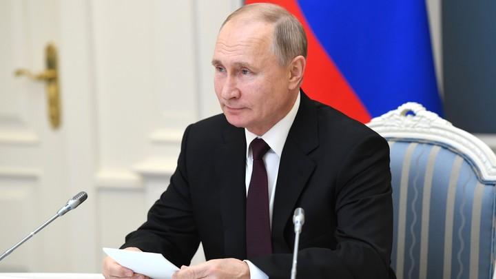 Политика года выбрали в России - ВЦИОМ