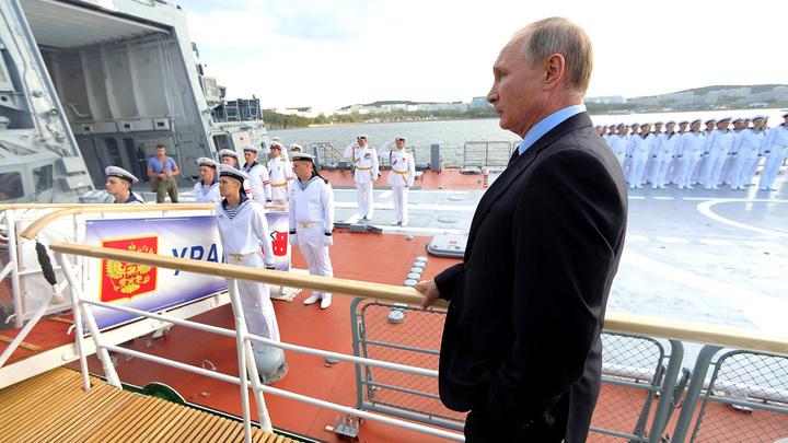 Путин примет парад вчесть Дня ВМФ вПетербурге