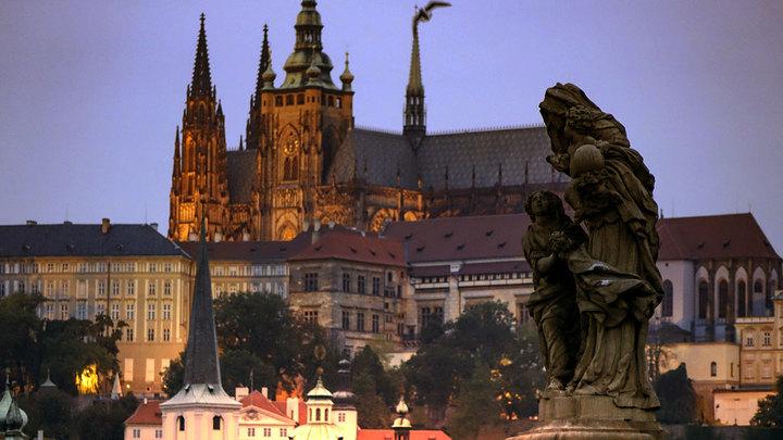 Достучаться до Брюсселя: в Праге ищут решение проблемы незаконной миграции