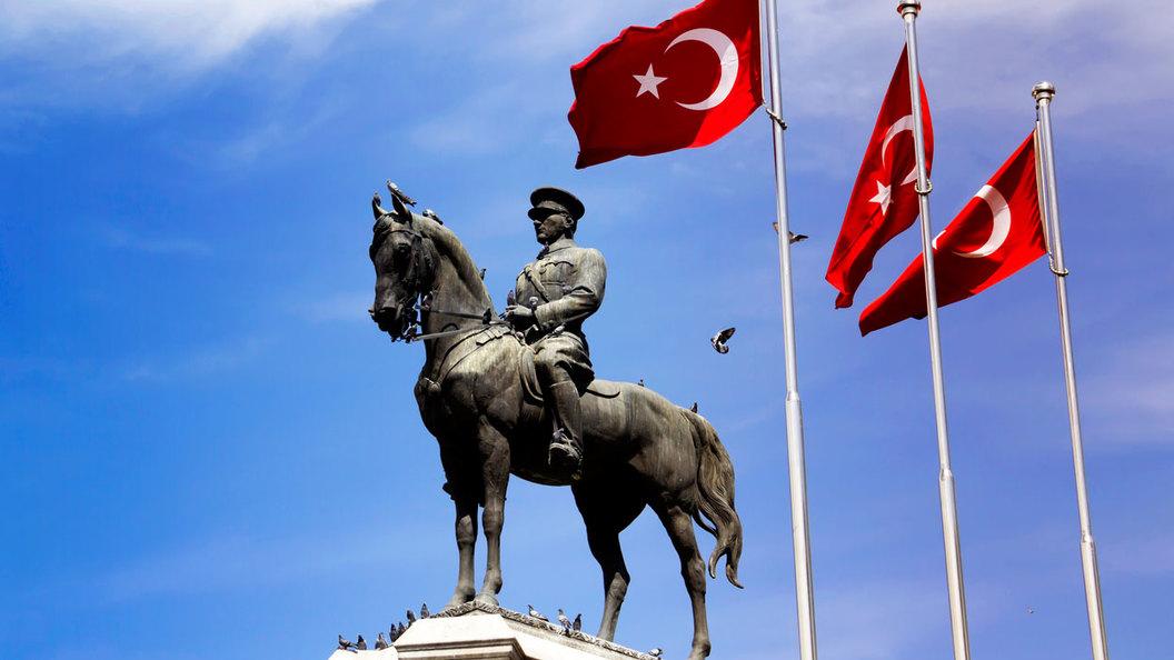 Как 60 лет назад СССР удержал Турцию от нападения на Сирию