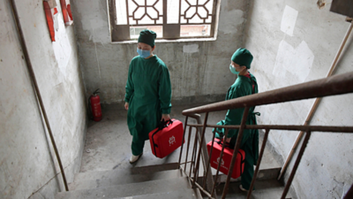 Вскрытие показало: Китайские учёные назвали характерную реакцию организма на коронавирус