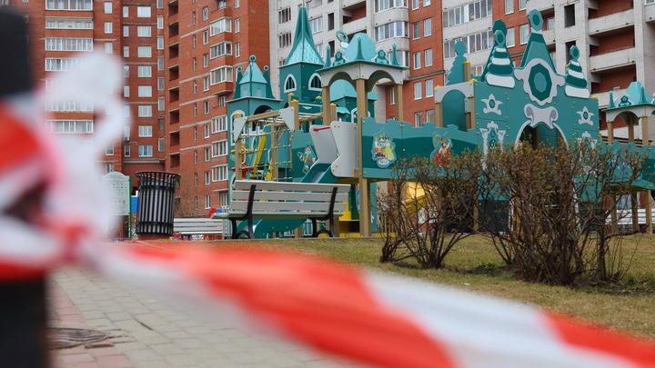 Град осколков обрушился на детскую площадку: Видео первых мгновений взрыва в Ярославле