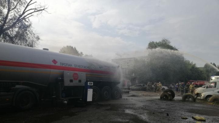 Взорвалась, как будто бомба: в Самаре ЧП на газовой АЗС