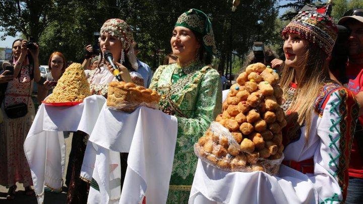 В Самаре прошел традиционный татарский праздник Сабантуй