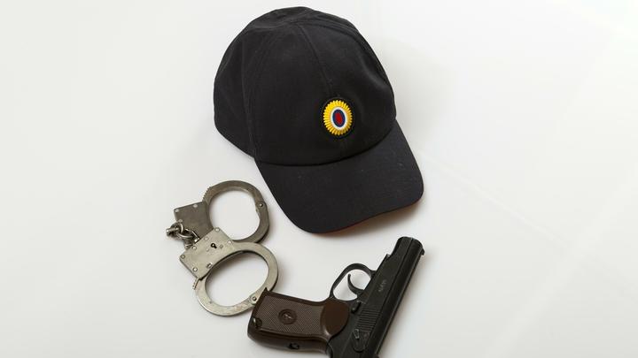 Устроивший стрельбу в банке Еревана преступник оказался полицейским начальником
