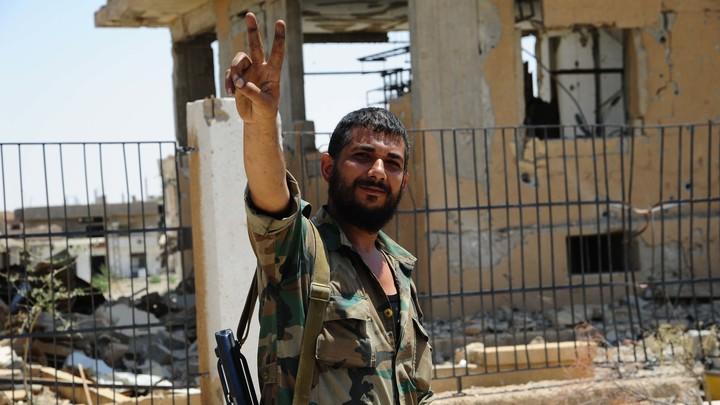 Сирийская армия приступила к уничтожению боевиков в районе авиабазы Дейр-эз-Зора