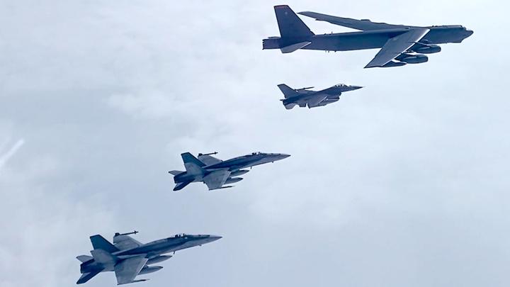 США отправили на Ближний Восток ударные силы авиации. Что-то готовится?