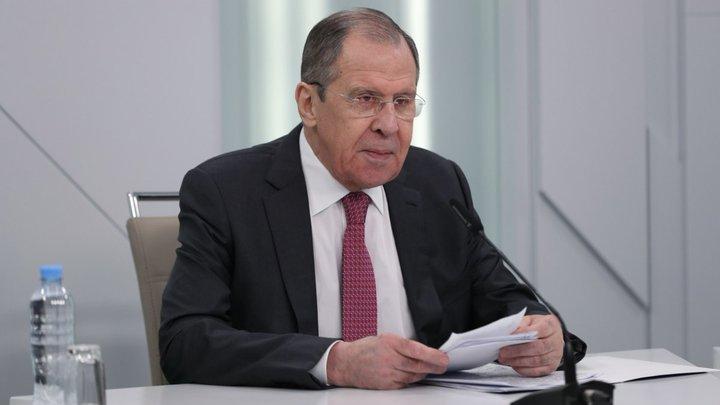 Продолжать теребить ситуацию: Лавров назвал возможные причины давления на Тихановскую