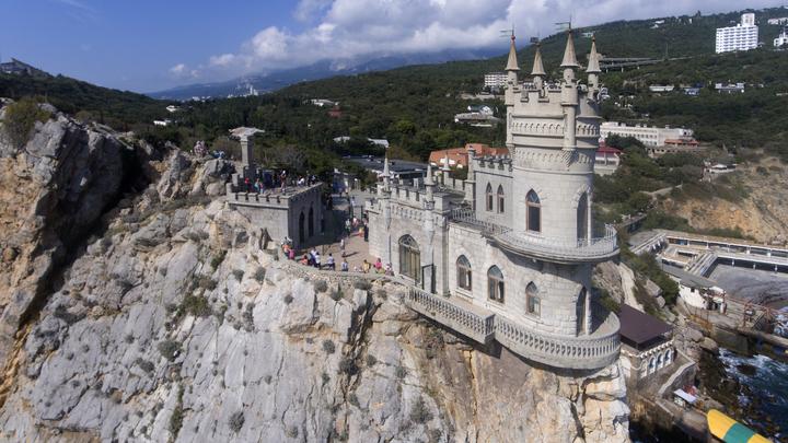 Популистский акт: Стратегию Зеленского по возвращению полуострова оценили в Крыму
