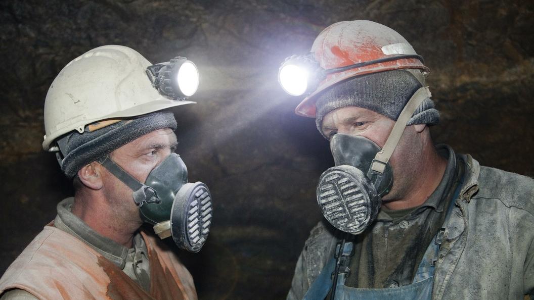 Впервые за 17 лет Тулеев поздравит шахтеров только виртуально