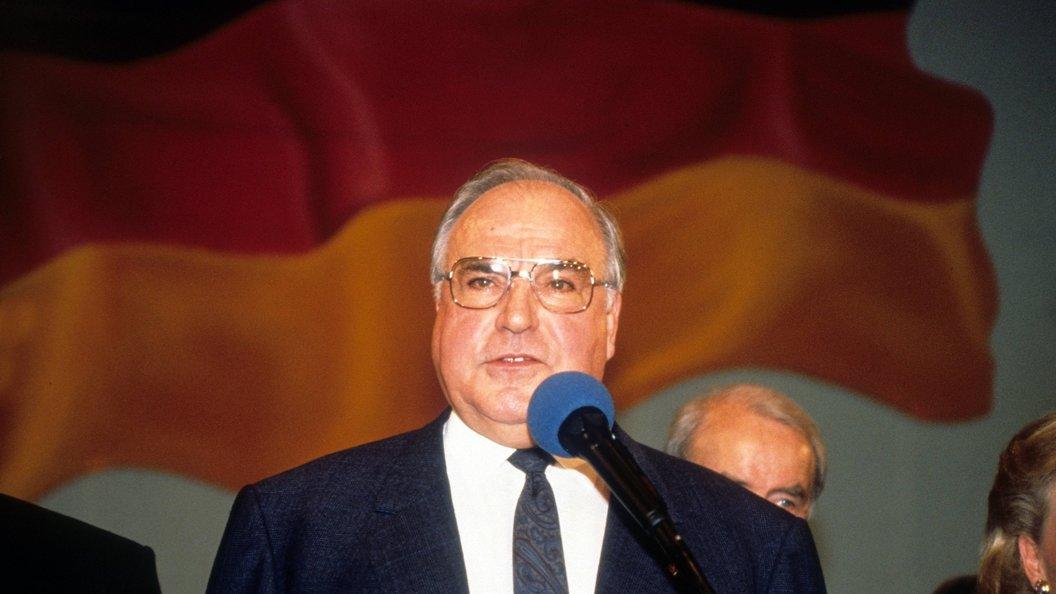 СМИ: Умер бывший канцлер ФРГ Гельмут Коль