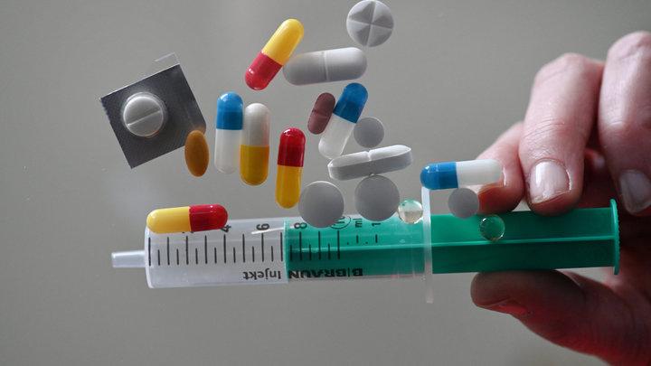 От рака умирали и до мобильников и микроволновок: Онколог развеял 5 наивных заблуждений о болезни