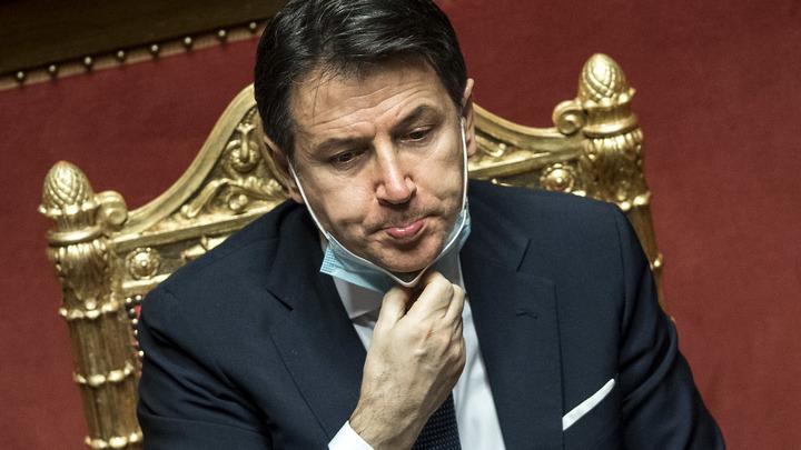 Премьер Италии заявил об отставке. Но политолог уверена, что он останется: Перспектива такая...