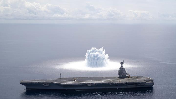 """""""Хватит одной современной ракеты"""": Авианосцы США становятся отличной мишенью для флота России"""