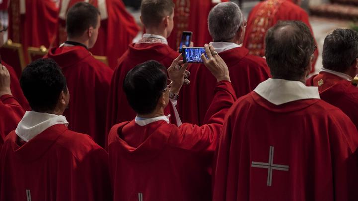 Целибат для кенгурят: католики Австралии против обета безбрачия