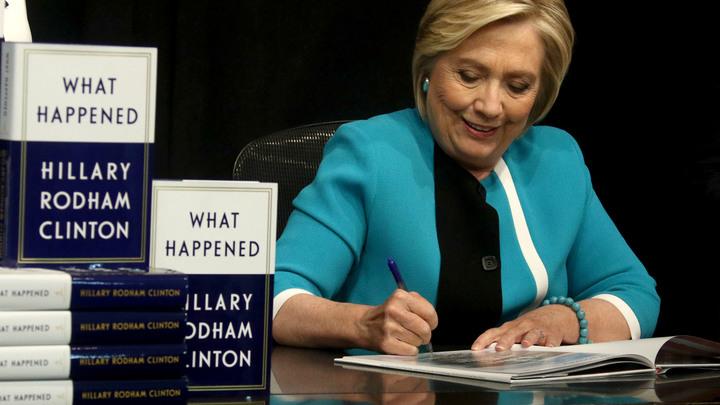 Члена команды Клинтон отправили в тюрьму за интимные письма несовершеннолетним