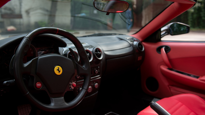 Разбивший прокатный Ferrari водитель рассказал о причинах ДТП