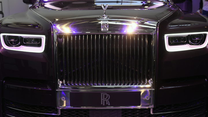 Названы сроки старта продаж самого роскошного в мире авто Rolls-Royce Phantom