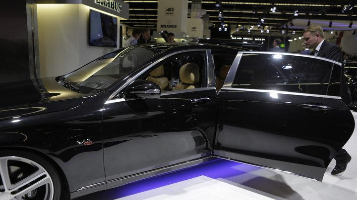 Названы регионы - лидеры по продажам люксовых автомобилей